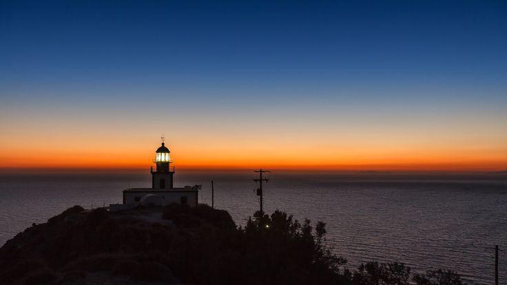 lighthouse akrotiri