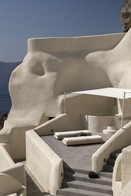Mystique Resort Santorini 8