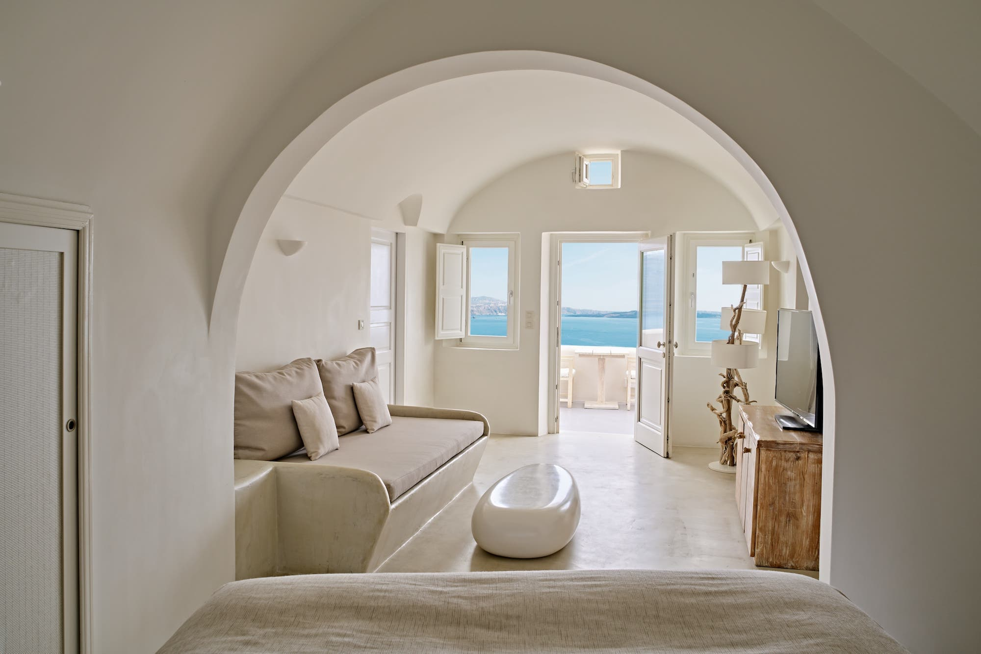 All 2 Senses suites features two bedrooms and outdoor Jacuzzi