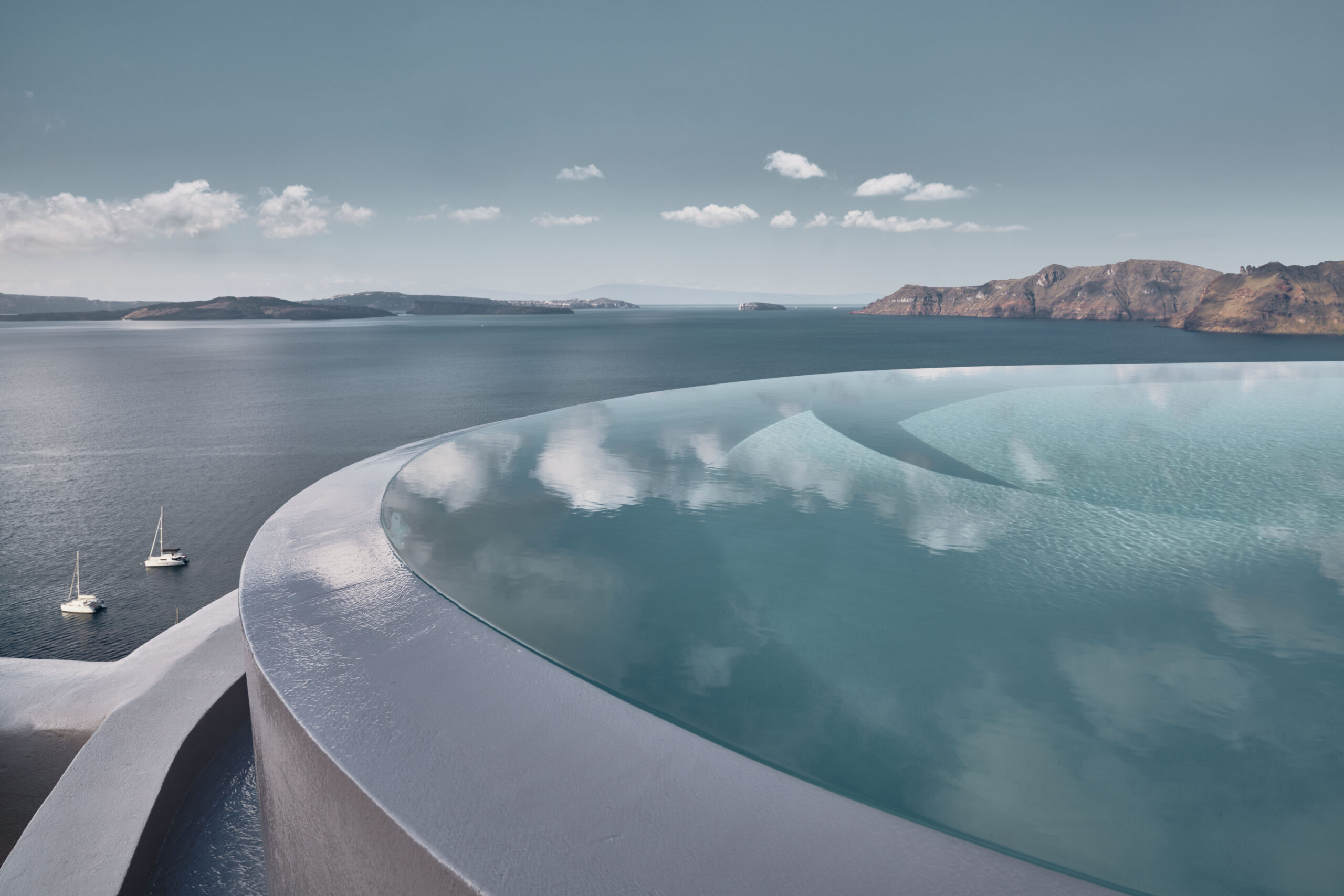 Private Infinity pool in suite